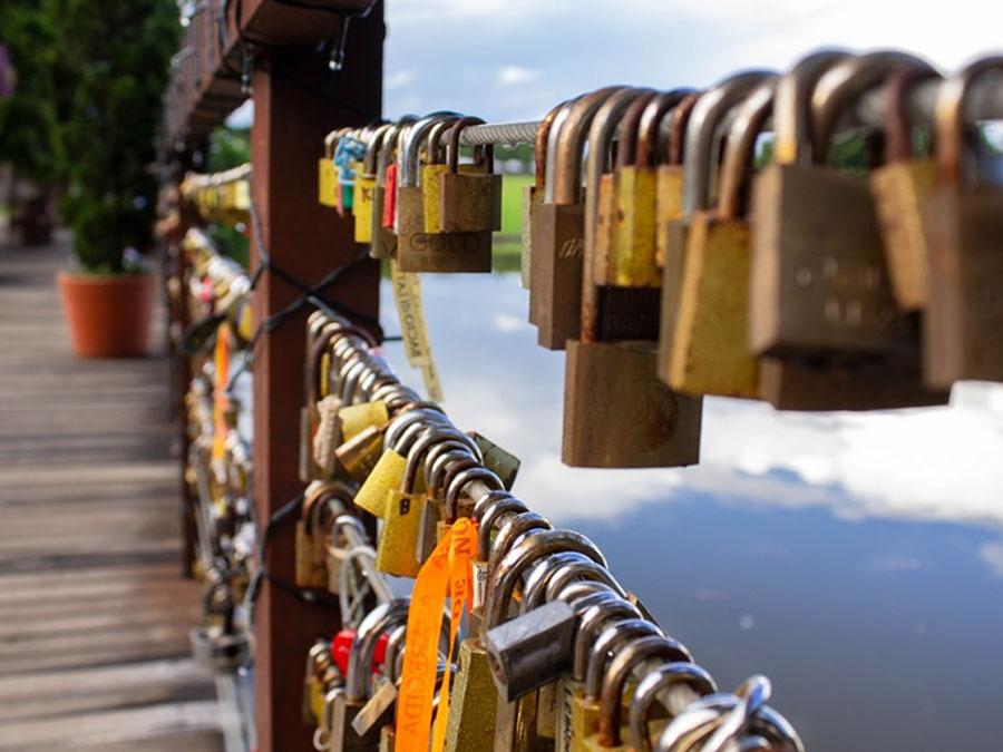 Destino Romântico: Conheça o Deck do Amor em Holambra