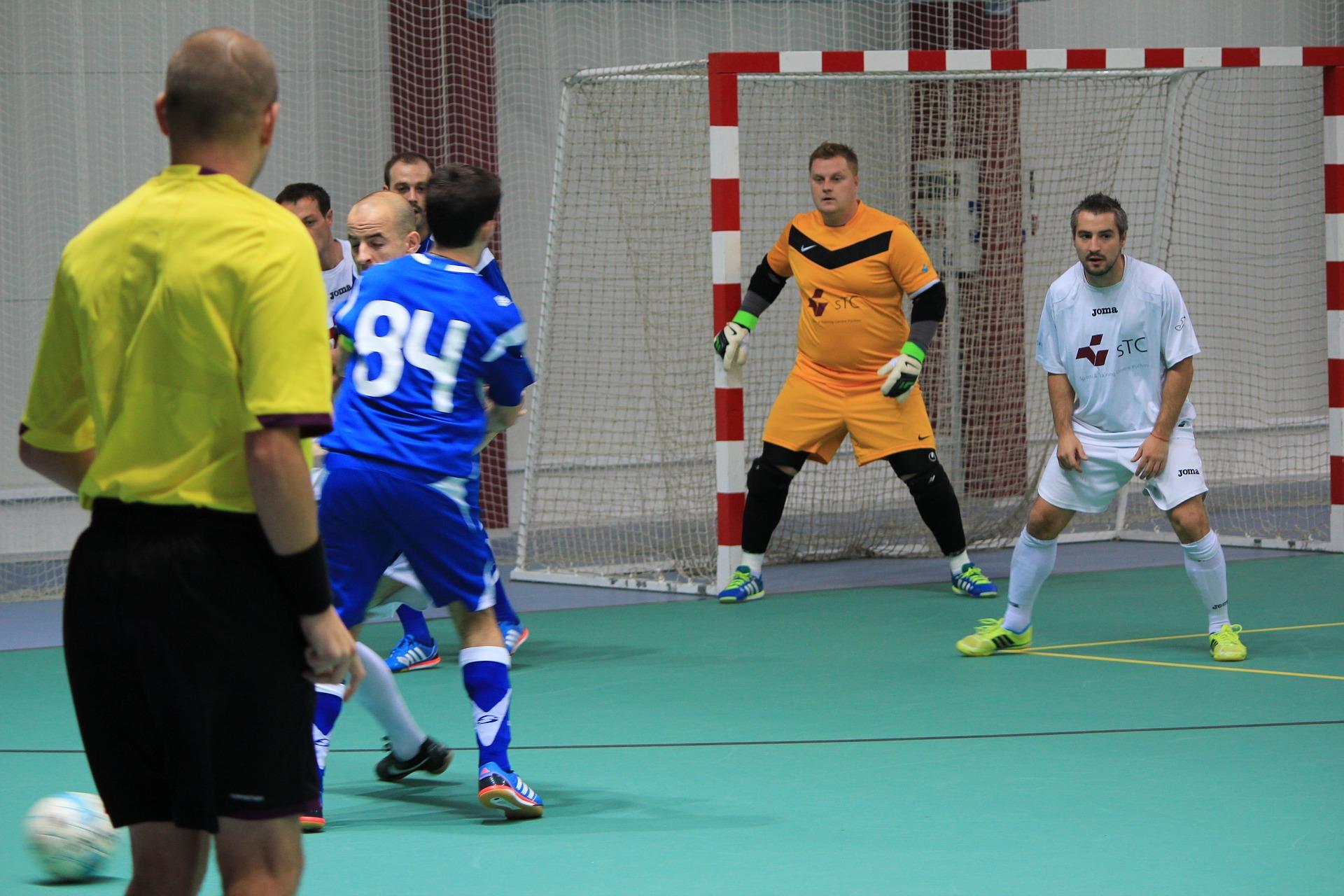4 finalistas estão definidos na segunda divisão de futsal