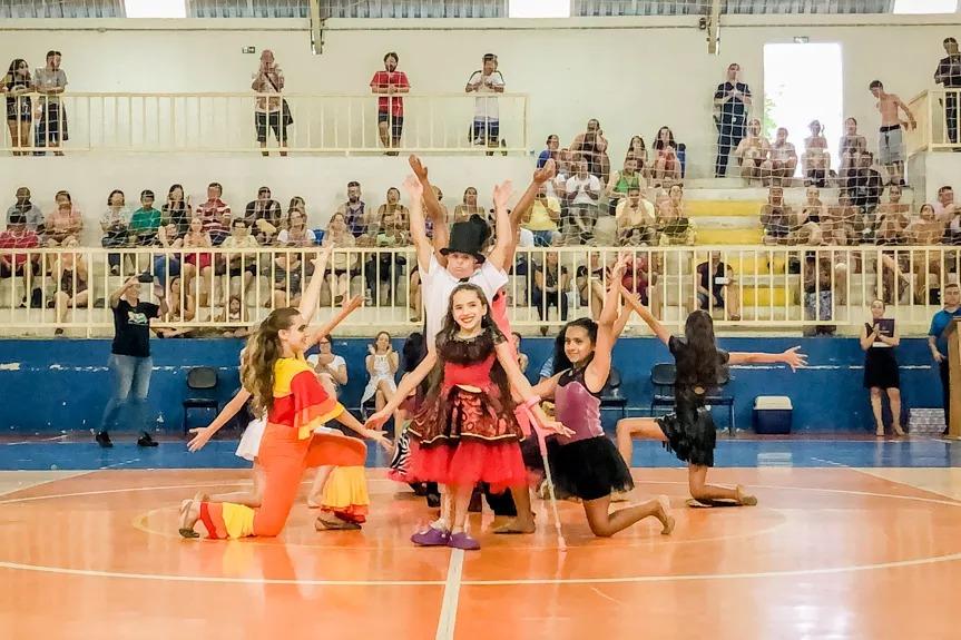 Novas vagas para turmas de dança adaptada e ginástica iniciante