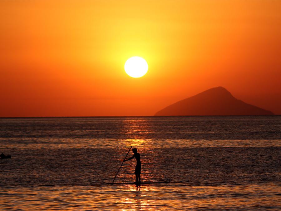 Destino paradisíaco no interior de SP: conheça a Praia do Paúba em São Sebastião