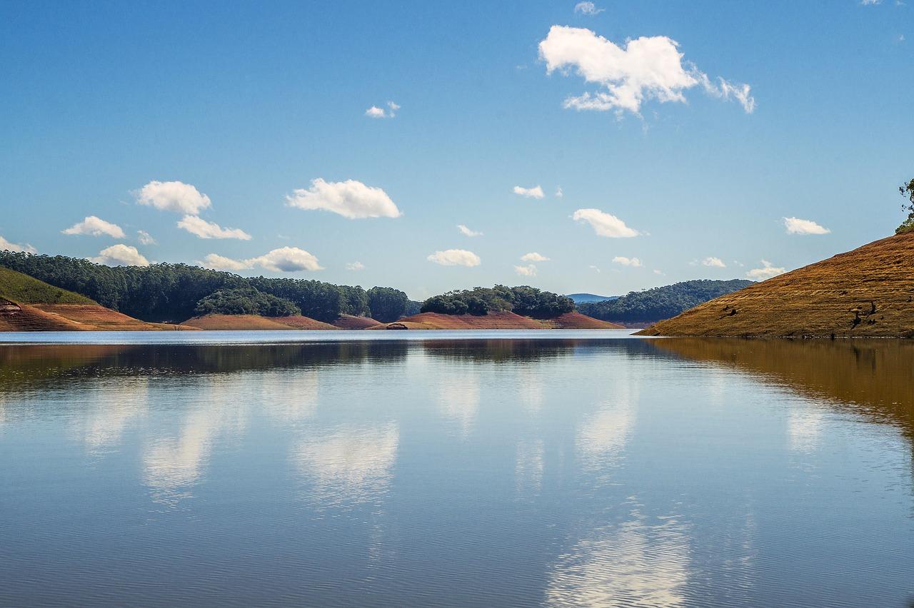 Construção de represa em Itupeva