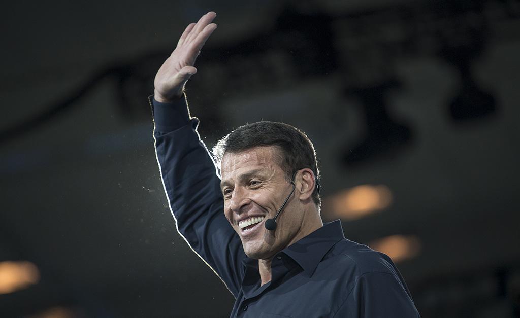 Tony Robbins virá ao Brasil pela primeira vez